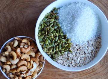 Cashew Coconut Granola Bars 3
