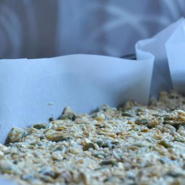 Cashew Coconut Granola Bars