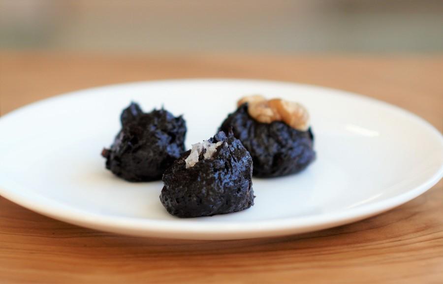 Dark Chocolate and Date 'Truffle'