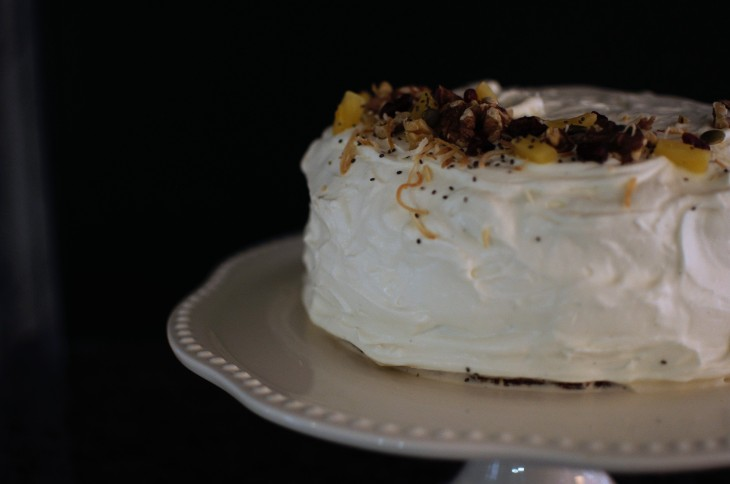 Low Sugar Cream Cheese Frosting and Carrot Cake