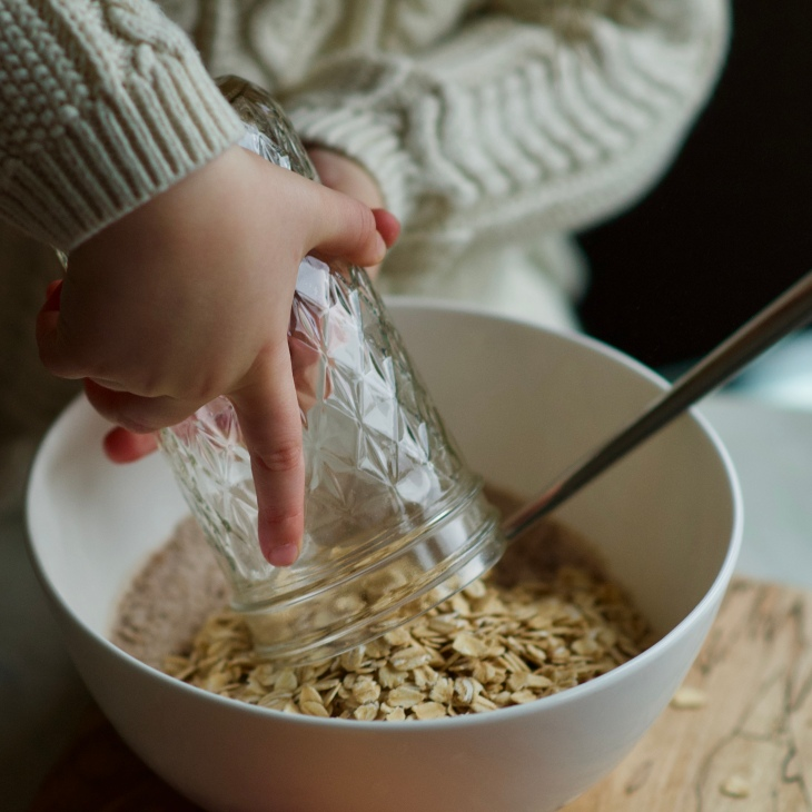 bowl of rolled oats